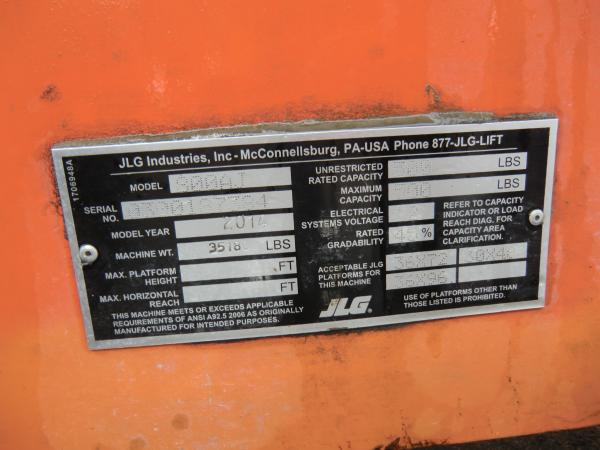 A tag that is located on a piece of heavy machinery that contains information about the machine.